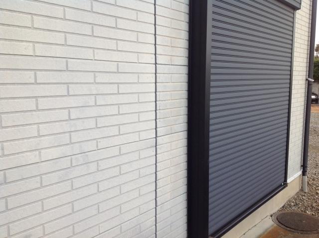 トステム製後付け窓シャッターをご紹介します